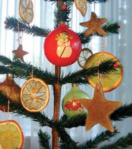 citrus-slice-ornaments
