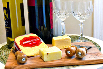 wine-cheese-cutting-board