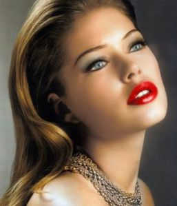 how_to_wear_red_lipstick_classic_old_hollywood_glam2